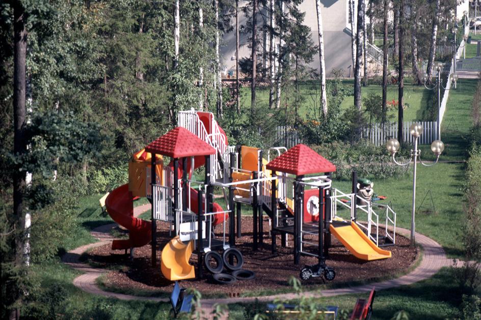 Детская площадке №3 в поселке Николино