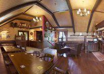 Внутри ресторана O'Шалей, поселок Николино